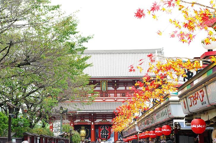 歴史と人情溢れる街・浅草でぶらぶら食べ歩きデート